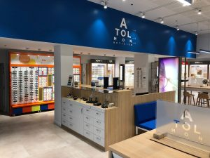 Atol lunettes optique magasin enseigne vitrines présentoires lumineux