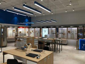 Atol lunettes optique magasin spot néon bureau vitrine