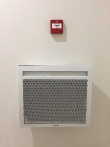 Déclancheur d'alarme incendie et radiateur Thermor