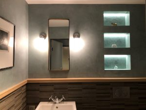 Elephant blanc salle de bains niches lumière ruban led encastrés