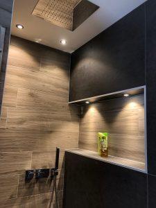 Maison cubes viviers spot niche douche étanche ciel de pluie