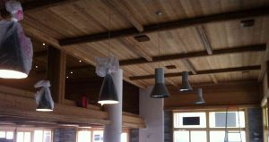 Suspensions du restaurant en cours d'installation