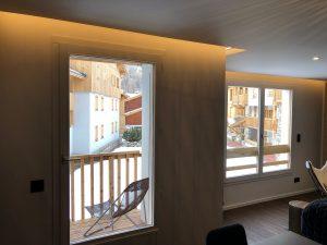 plafonds éclairage indirect rails rubans led lumineux