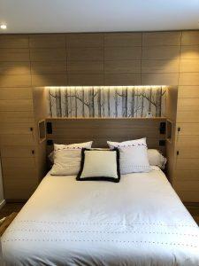 spot chambre double niche tête de lit